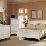 Bedroom with white furniture decorating ideas