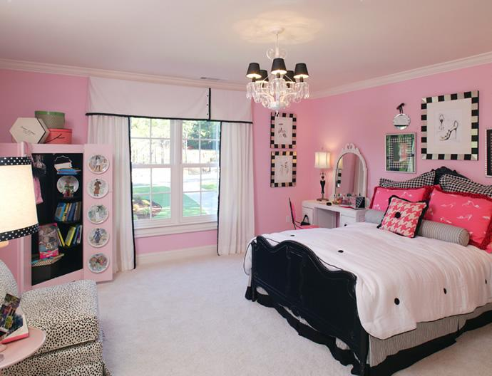 Black and pink bedroom designs