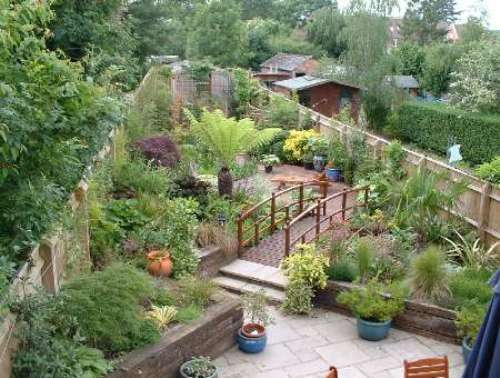 Garden design ideas for long thin gardens