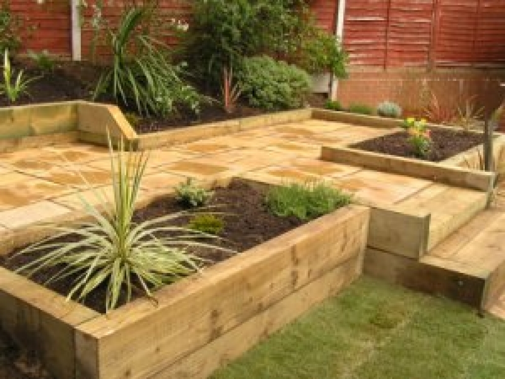 Garden design ideas railway sleepers