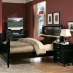 Bedroom decorating ideas mirrored furniture