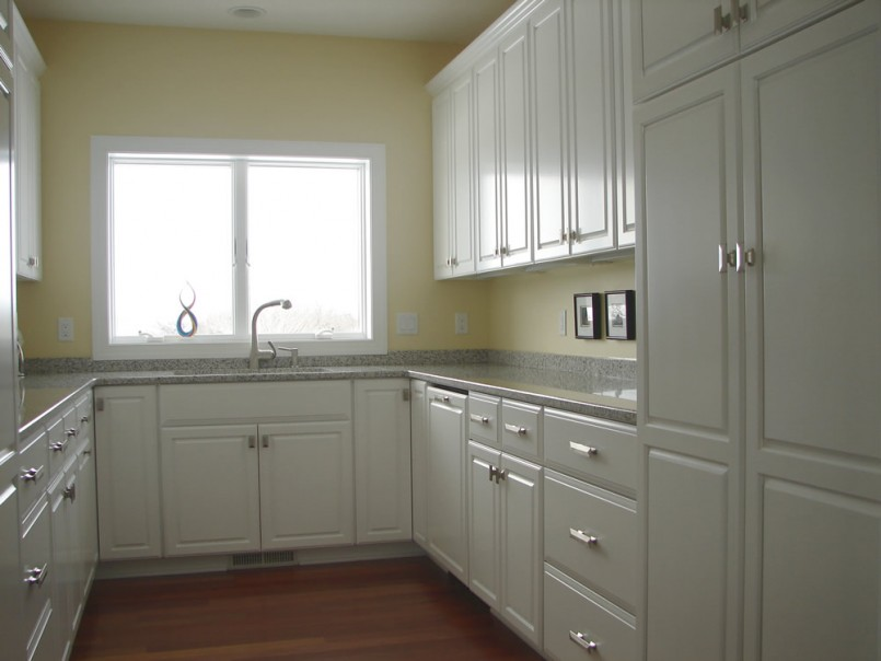 Kitchen cabinets u shaped kitchen