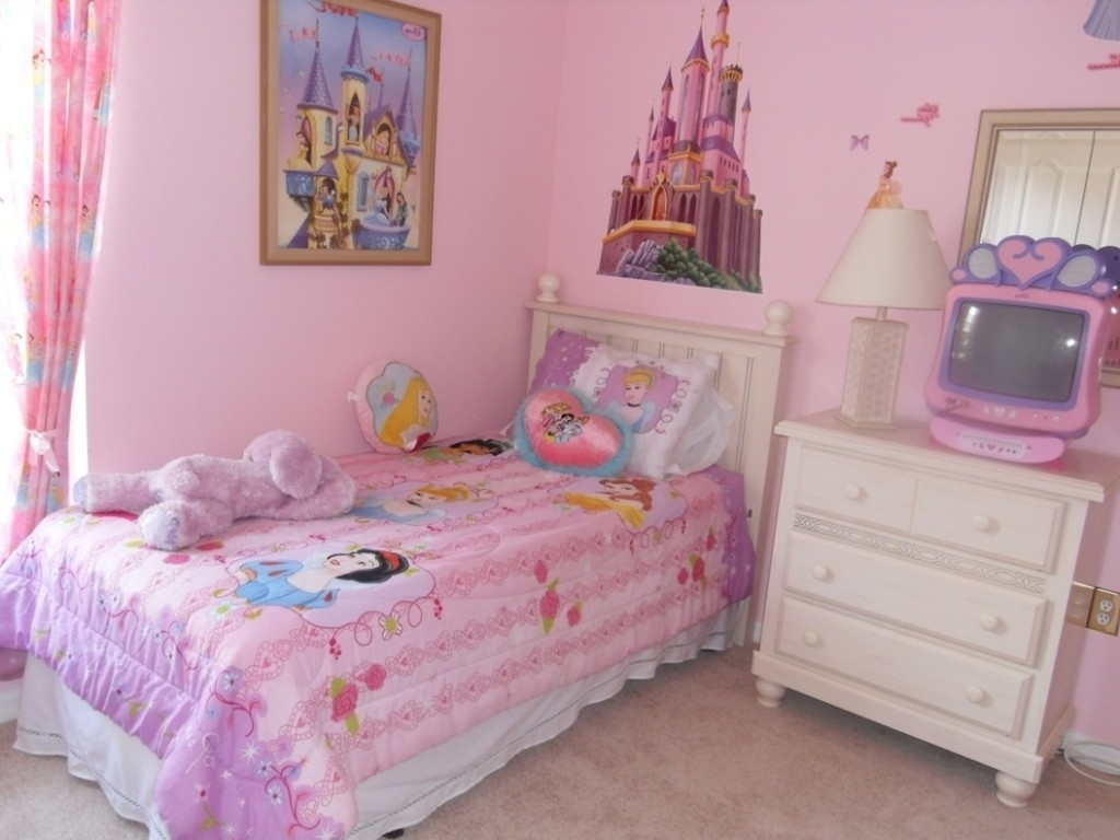 Little girl room ideas purple