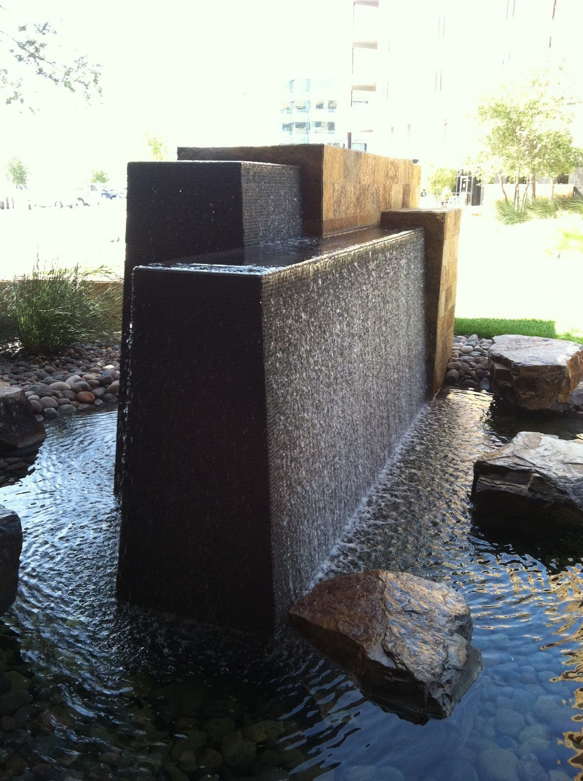 Modern wall water fountains