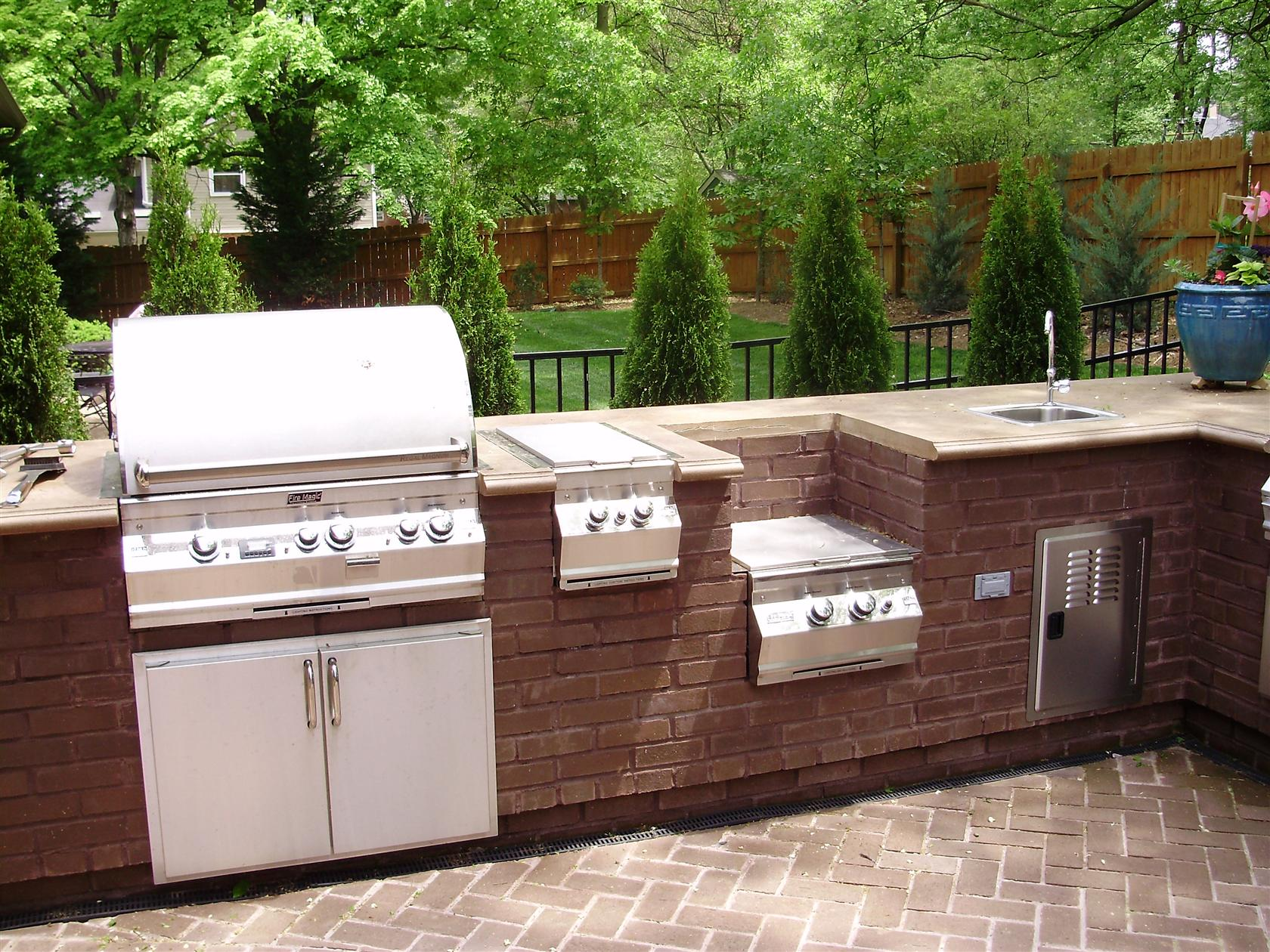 Outdoor kitchen images