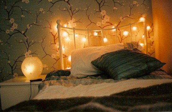 Romantic bedroom lamp