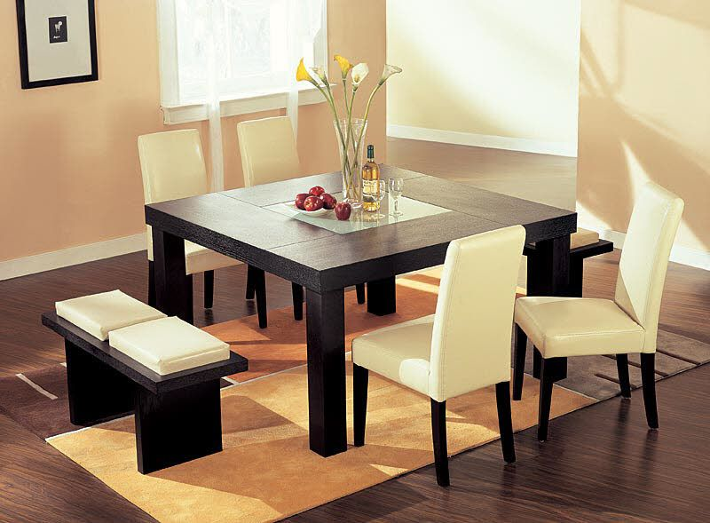 Square dining table centerpiece
