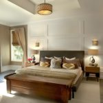 Traditional contemporary bedroom design