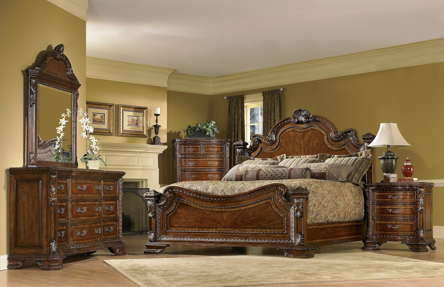 Traditional european style bedroom furniture