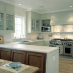 U shaped kitchen style