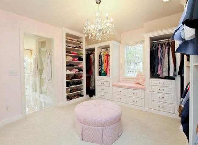 Walk in closet designs for teenagers