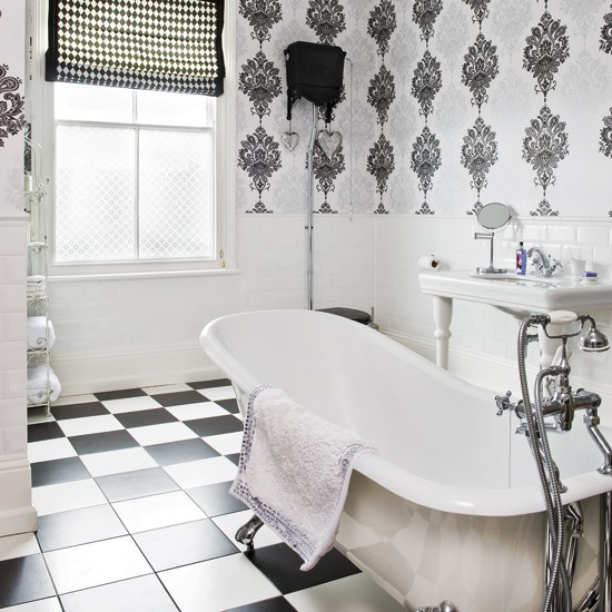 Black and White Wallpaper for Bathrooms photo - 1