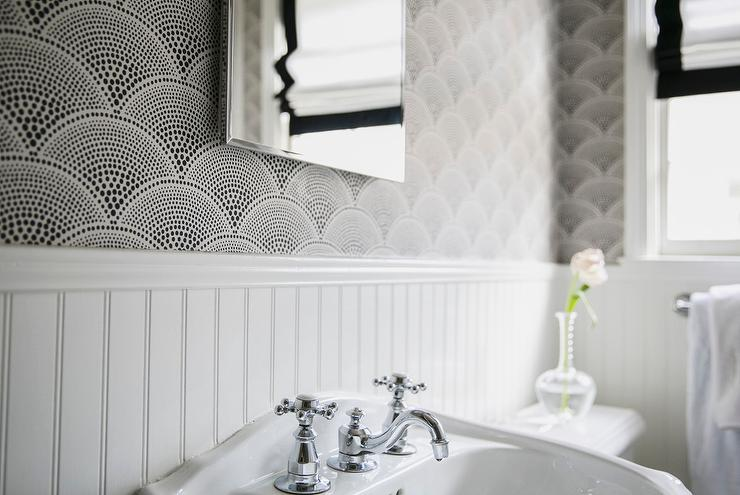 Black and White Wallpaper for Bathrooms photo - 7