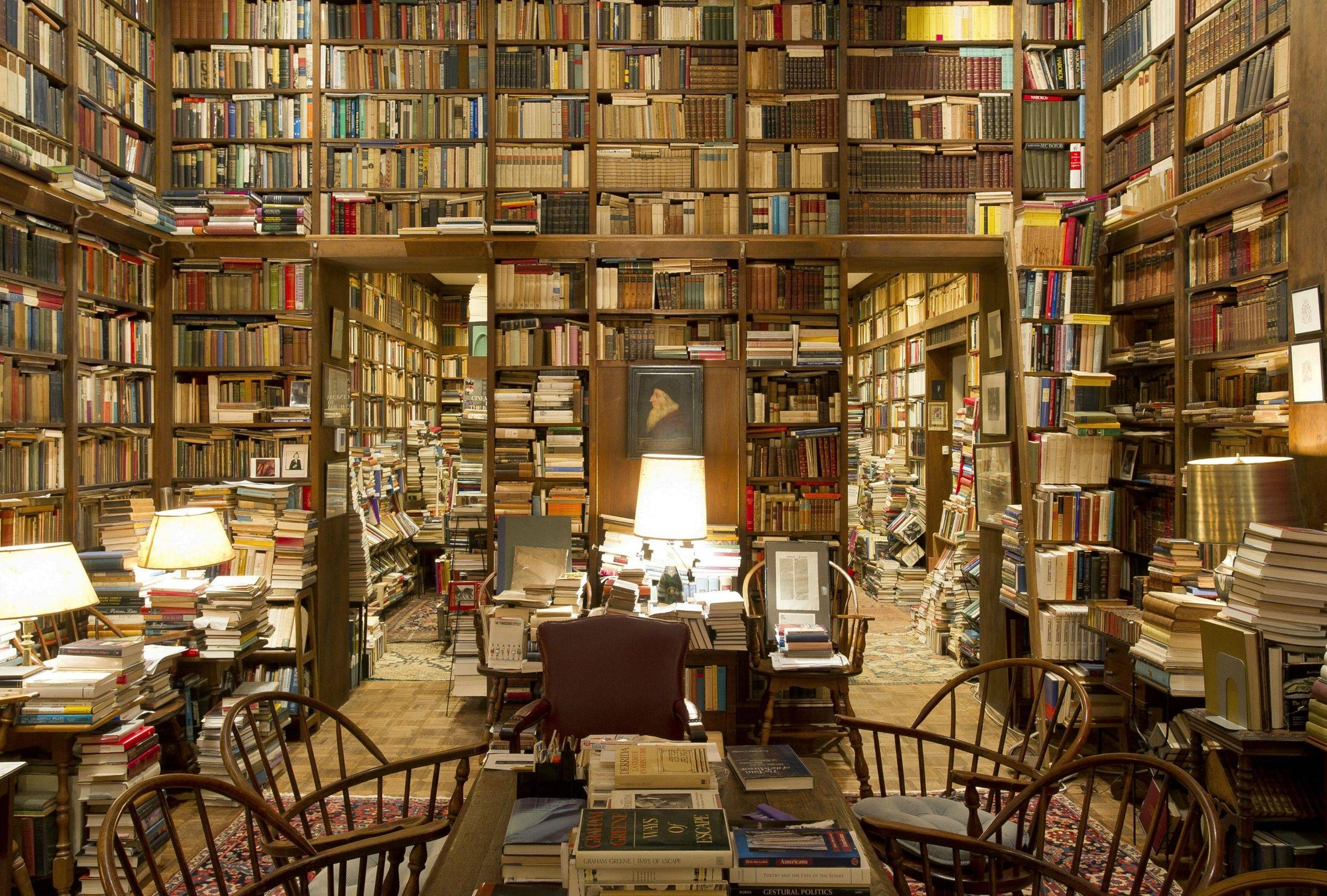 Greatest Private Libraries photo - 9