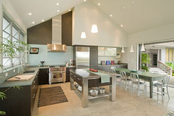 High Ceiling Kitchen photo - 3