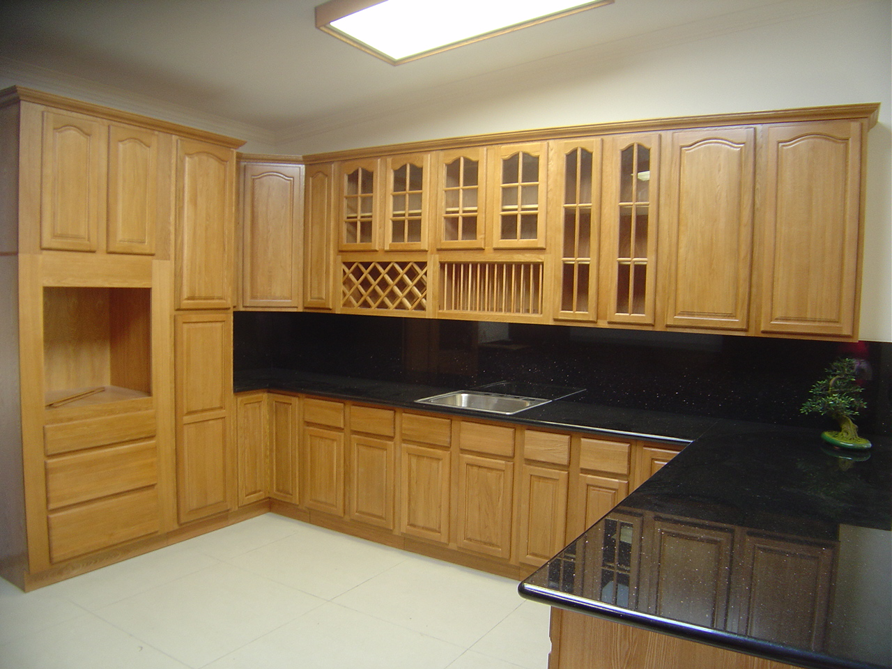 Modern Kitchen In Wooden Finish photo - 7