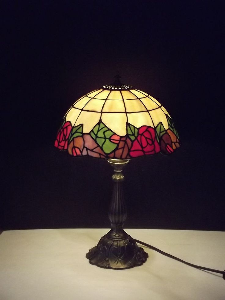 Red Rose Stained Glass Table Lamp Shades photo - 10