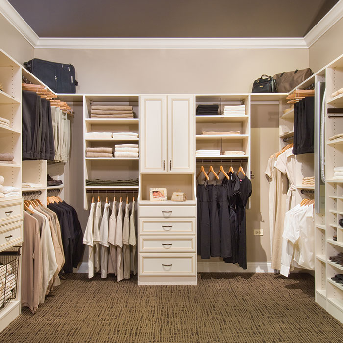 affordable walk in closet design photo - 4