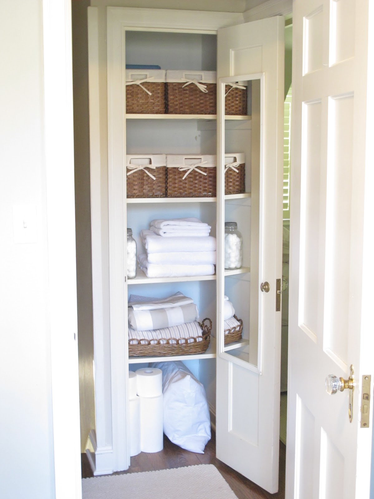 airing cupboard designs photo - 3