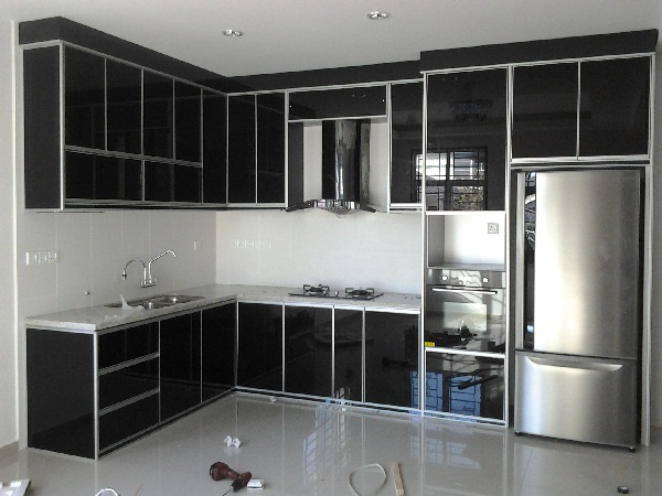 aluminium cupboard designs photo - 4