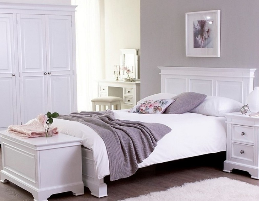 antique white bedroom furniture for kids  brooklyn apartment