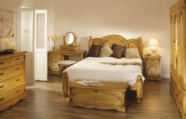 bedroom ideas with pine furniture photo - 7