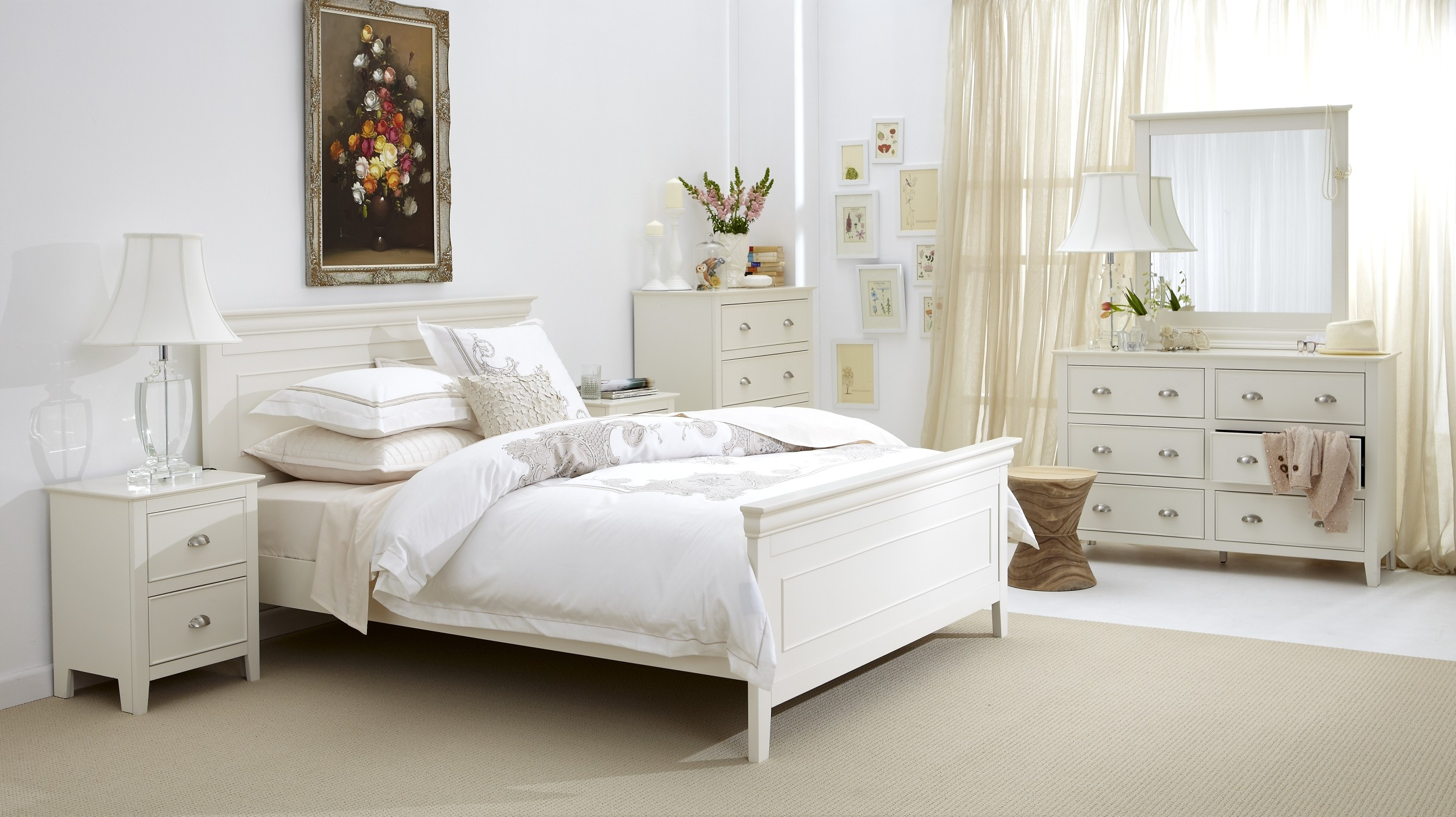 bedroom with white furniture decorating ideas photo - 7