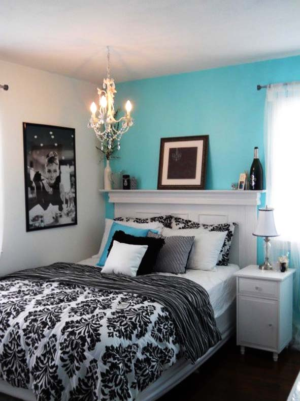 black and white bedrooms with blue accents photo - 9