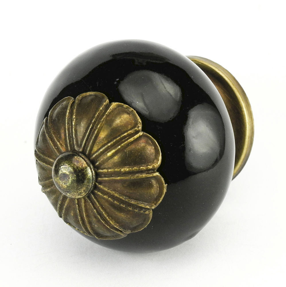 black kitchen cabinets knobs photo - 4