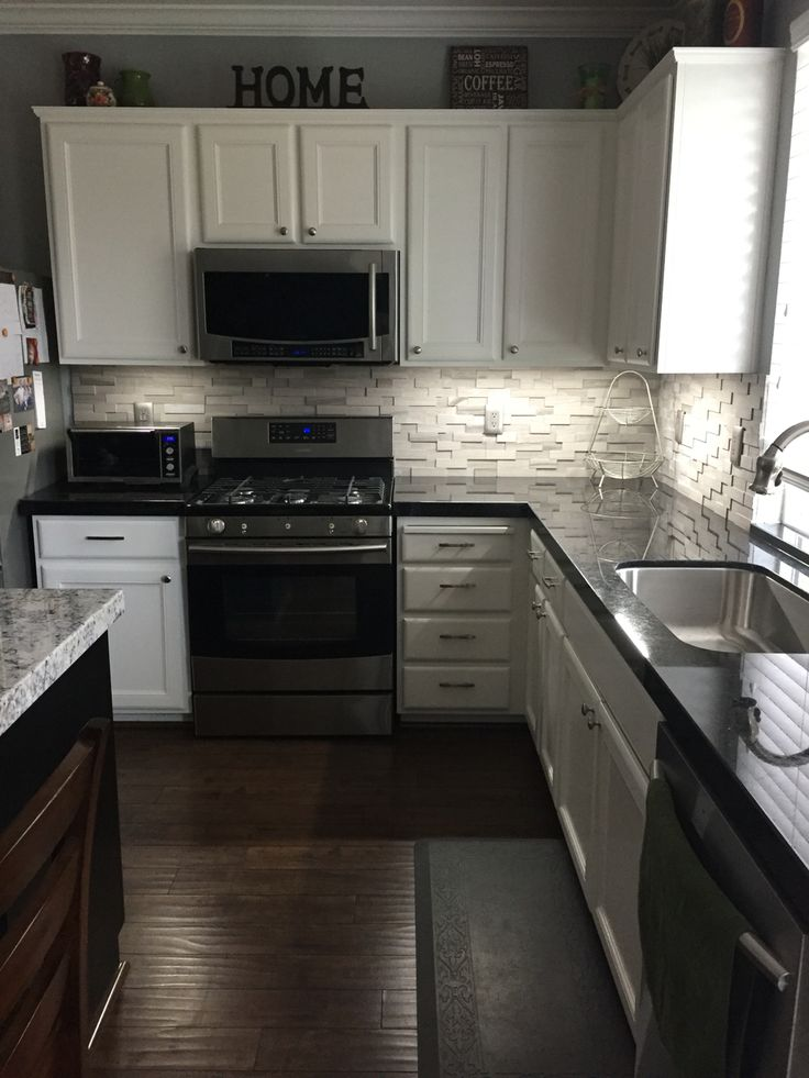 black kitchen cabinets with granite photo - 2
