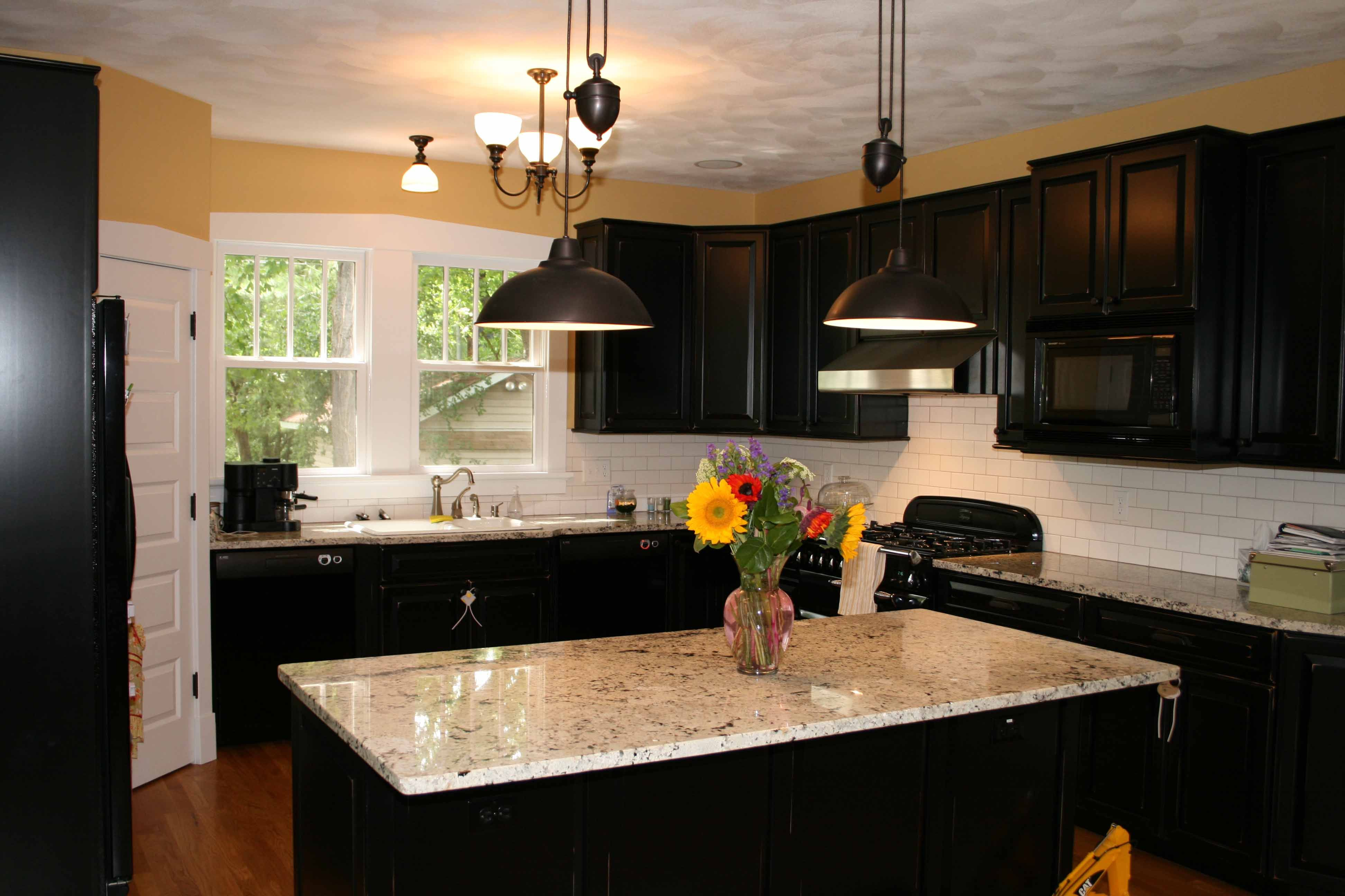 black kitchen cabinets with granite photo - 6