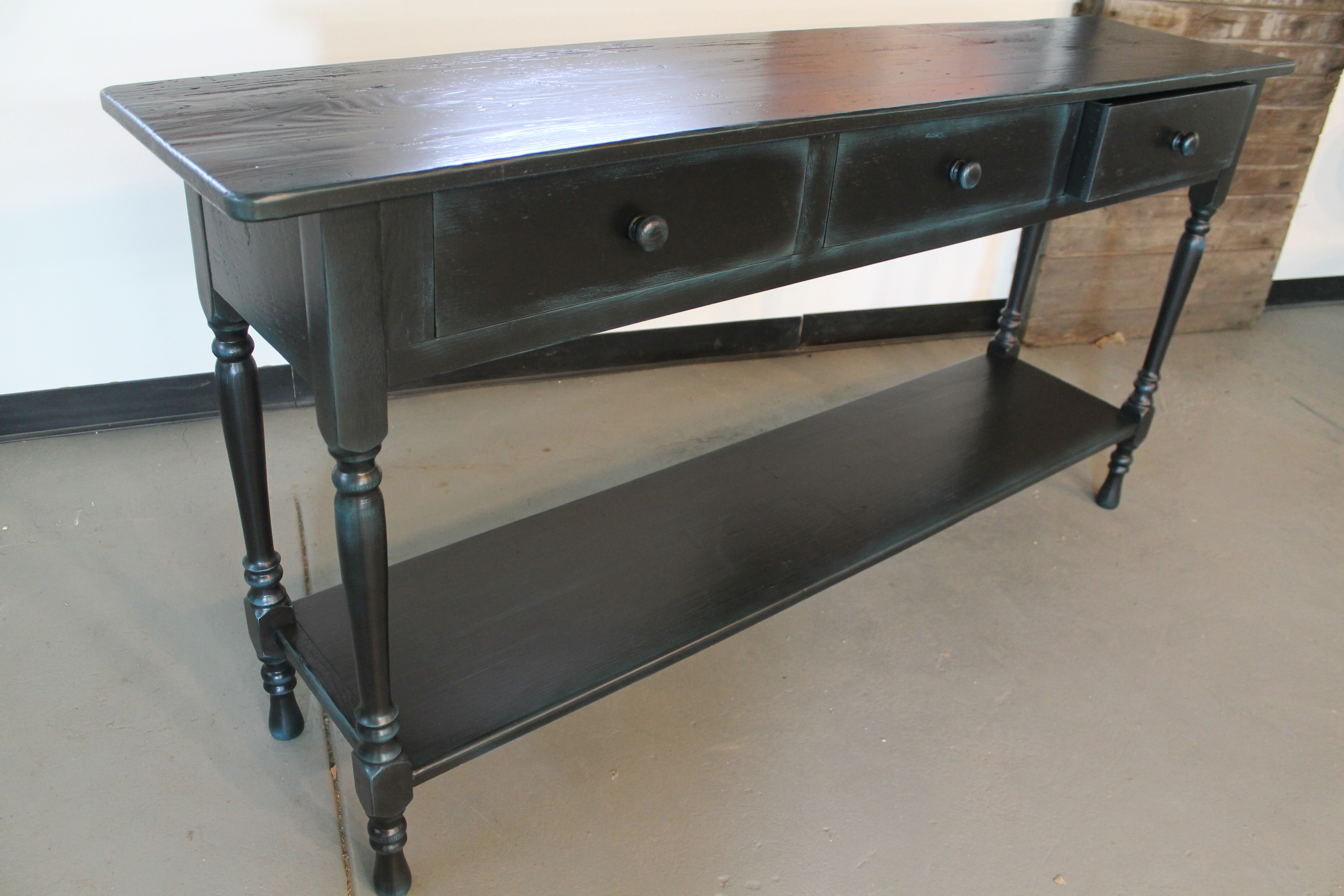 black sofa table photo - 8