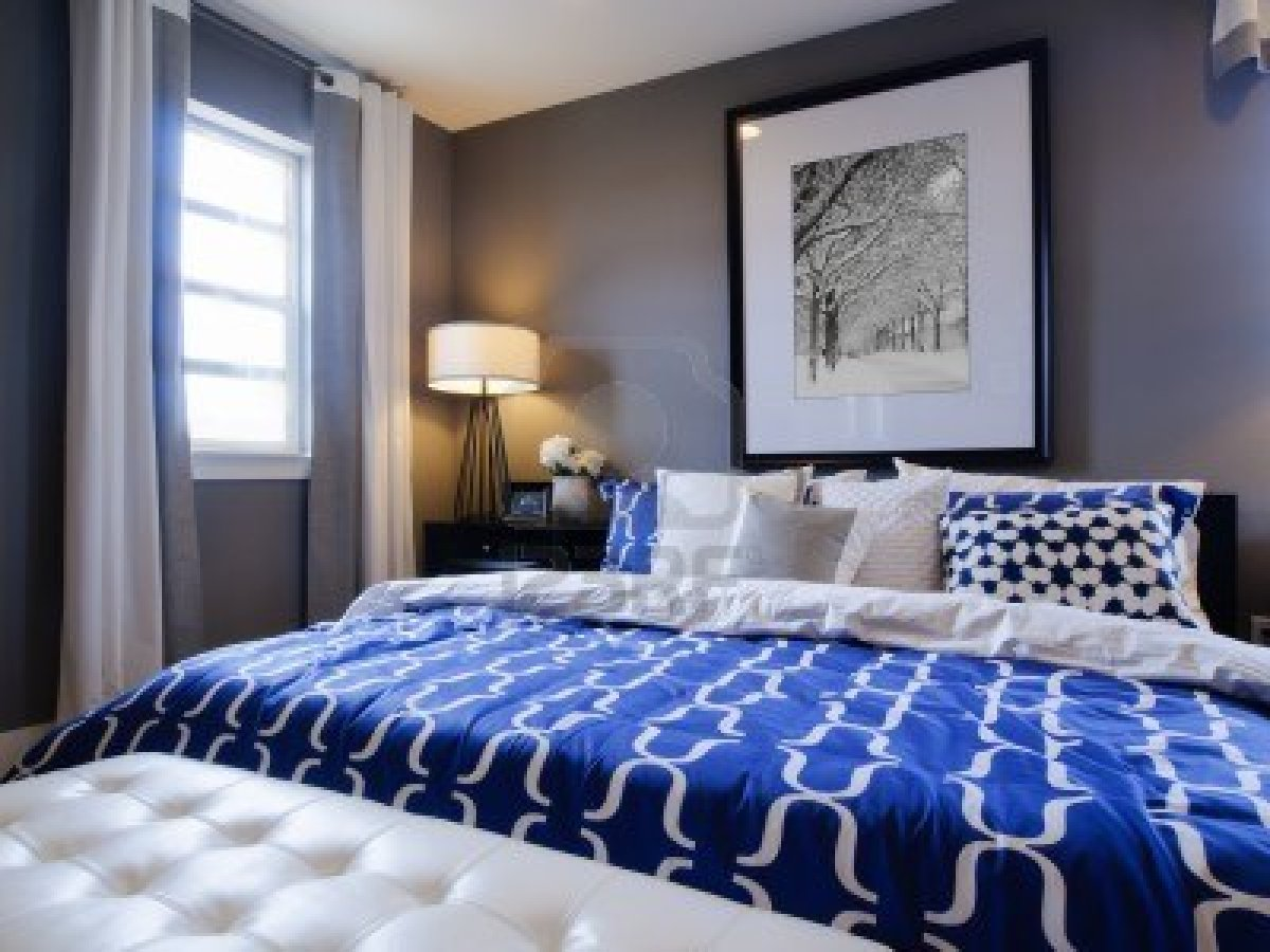blue and white bedroom accessories photo - 4