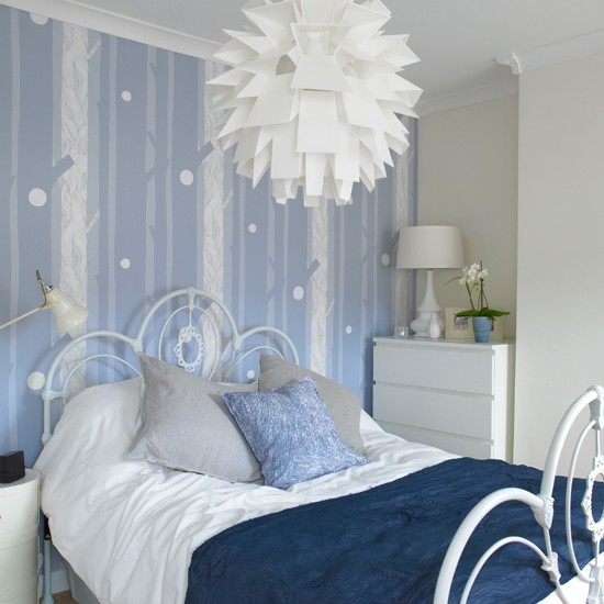 blue and white contemporary bedroom ideas photo - 3