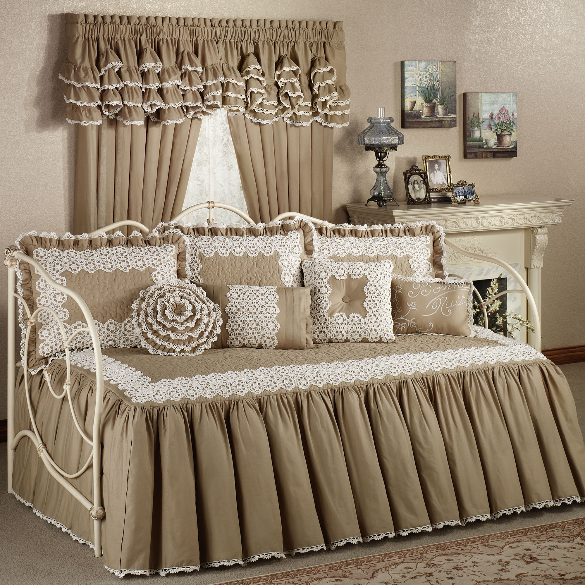 brown daybed bedding sets photo - 8