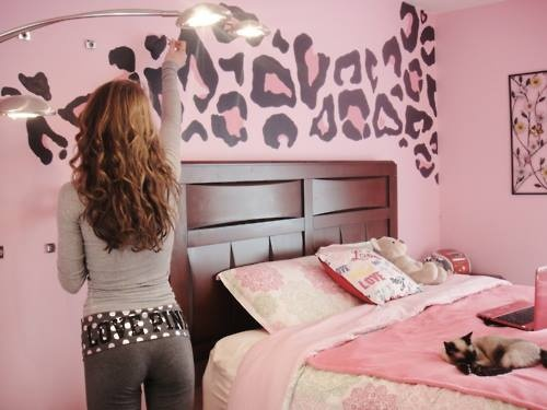 cheetah print bedroom walls photo - 1