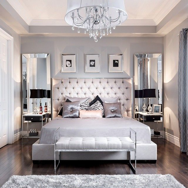 decorating with mirrored bedroom furniture photo - 3