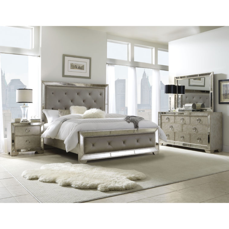 decorating with mirrored bedroom furniture photo - 8