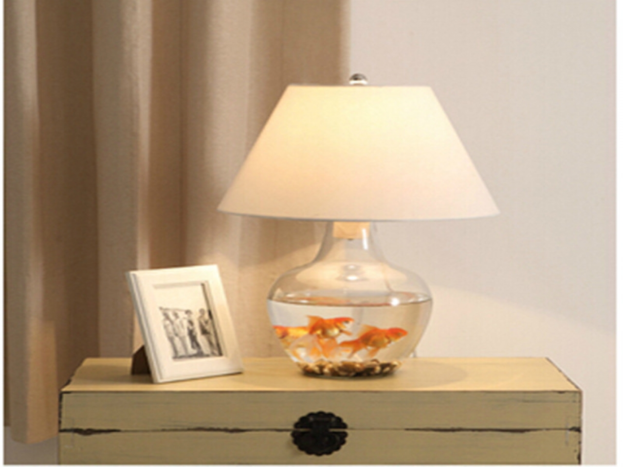 diy bedroom lamp photo - 1