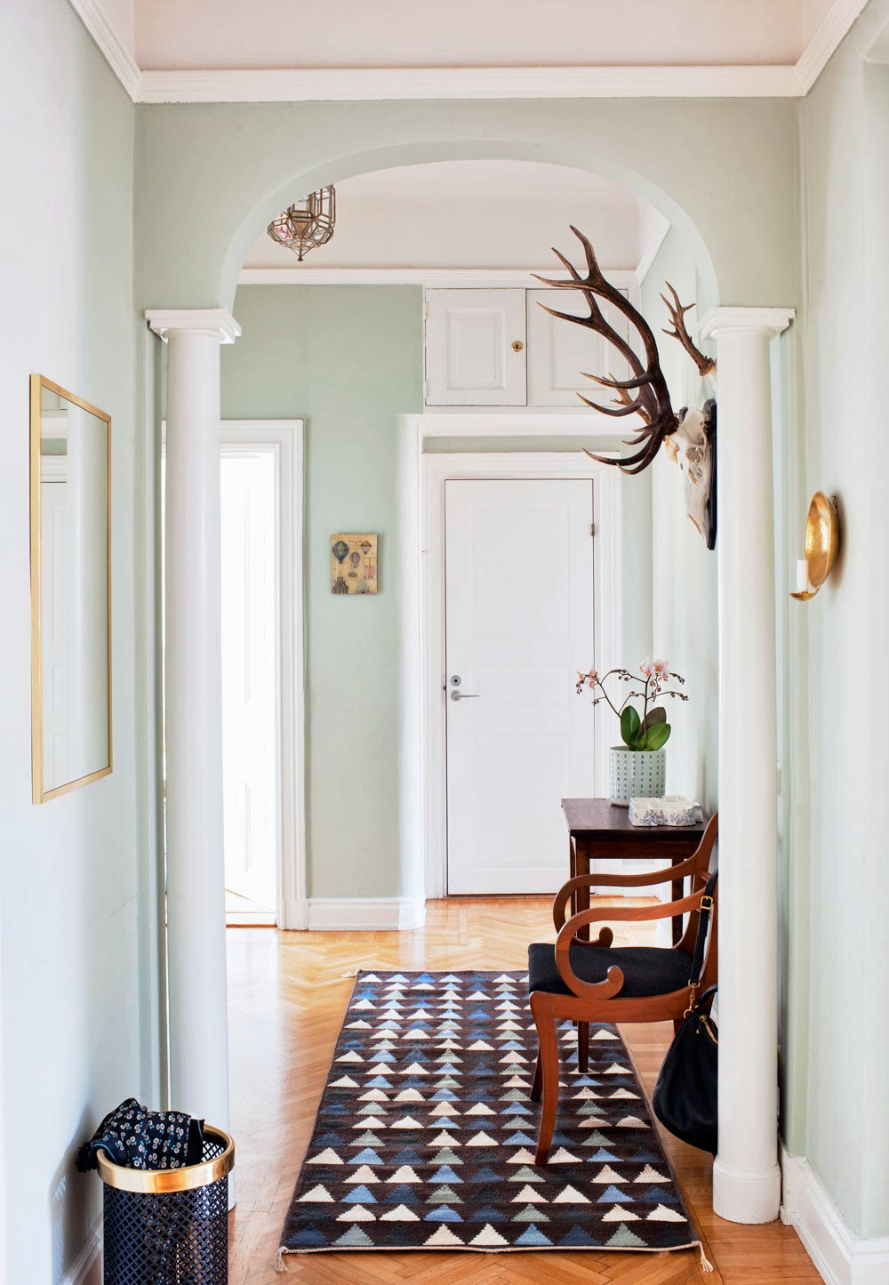 entryway wall paint colors photo - 2