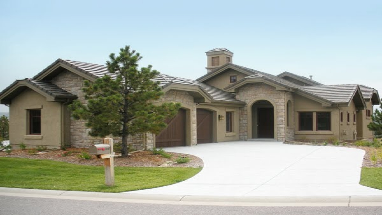 exterior paint colors ranch house photo - 8