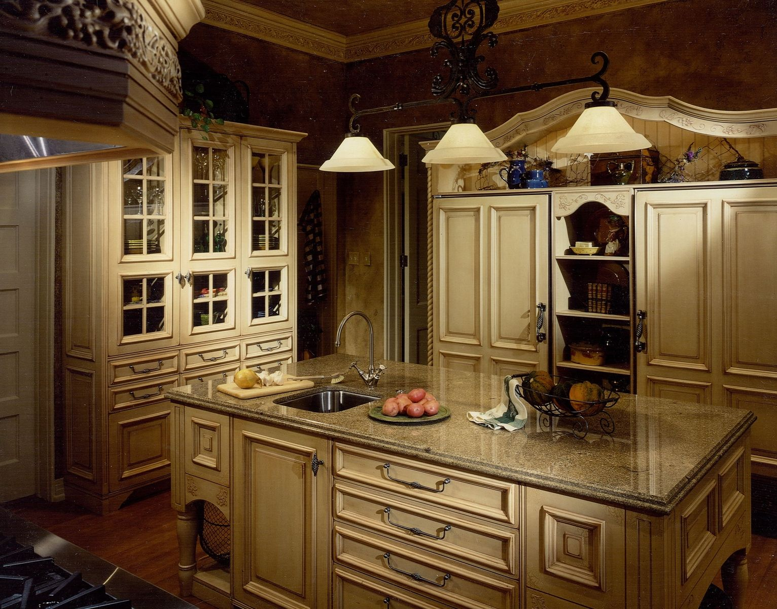 french country kitchen cabinets design photo - 1