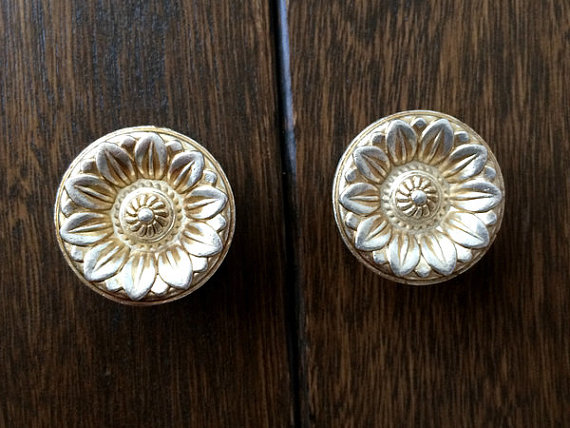 french country kitchen knobs and pulls photo - 10