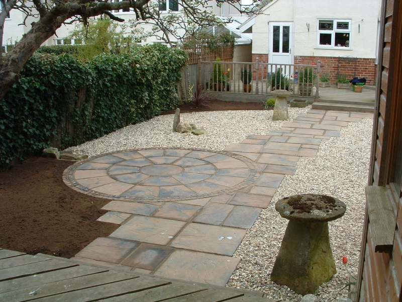garden design ideas paving photo - 2