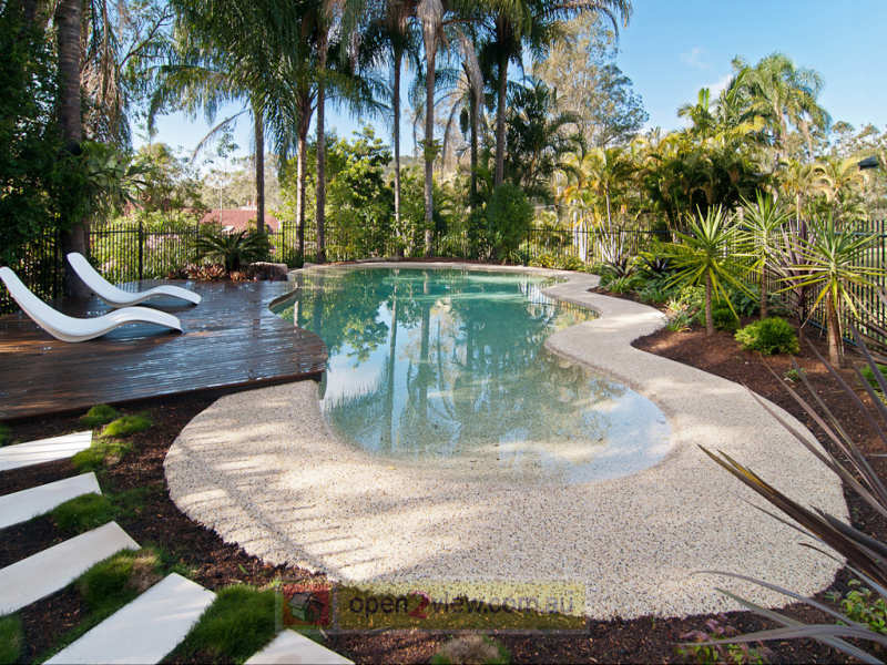 garden design ideas with pool photo - 3