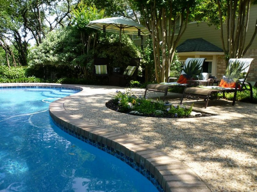 garden design ideas with pool photo - 6