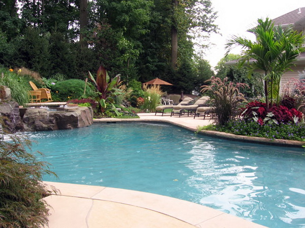 garden design ideas with pool photo - 8