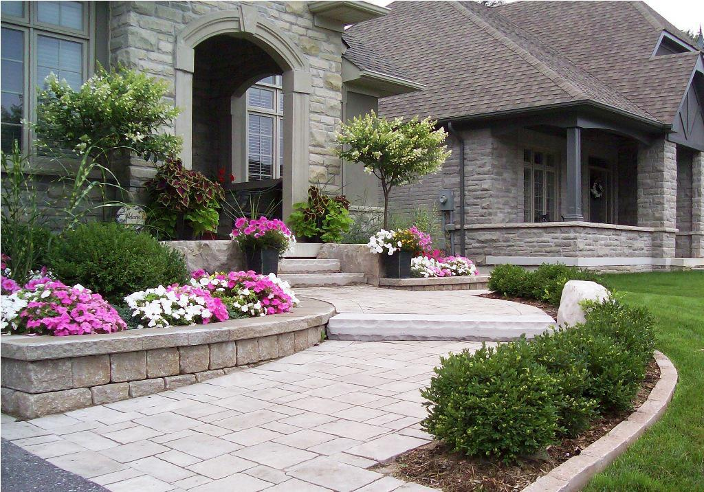 house entrance garden ideas photo - 10