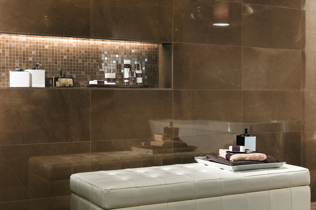 italian porcelain tile bathroom photo - 2