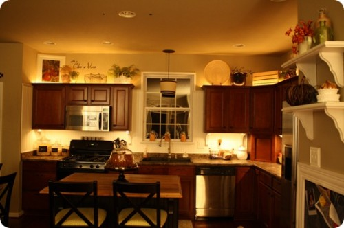 kitchen cabinet topper ideas photo - 5